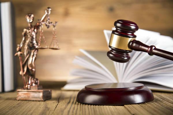 Curso de direito semipresencial