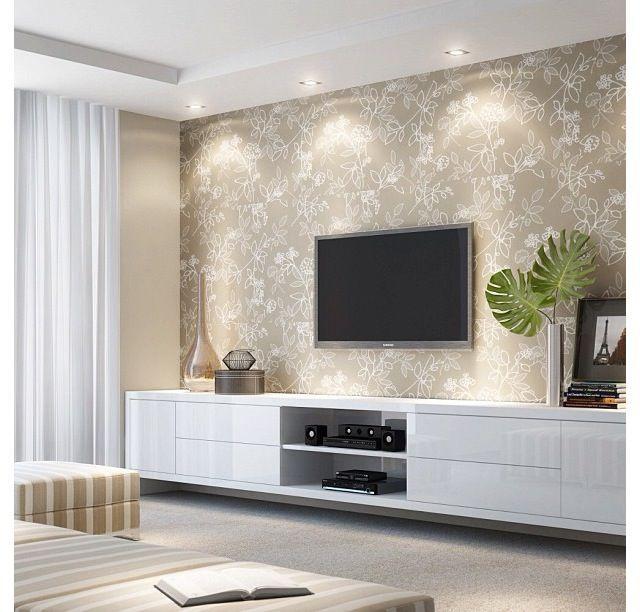 decoração de sala com papel de parede flores pequenas